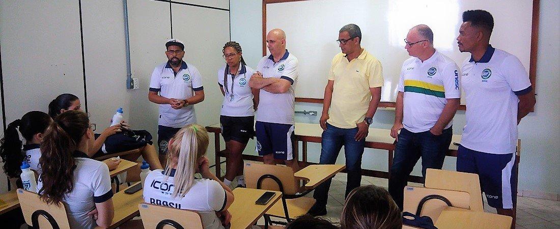 SELEÇÃO BRASILEIRA FEMININA SE APRESENTA E FAZ PRIMEIRO TREINO NA CBF7