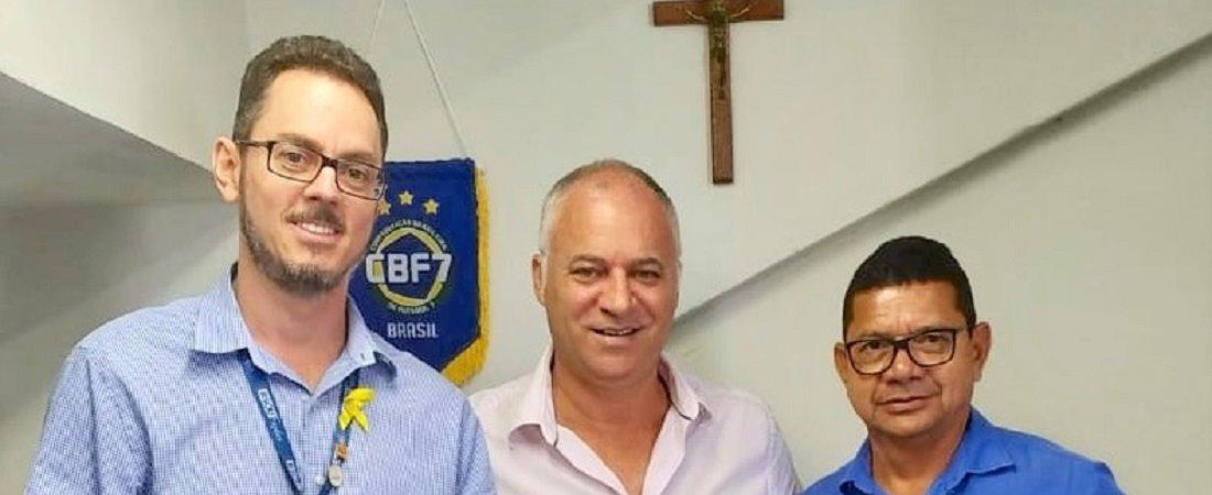 CBF7 RECEBE VISITA DE REPRESENTANTES DO SESI